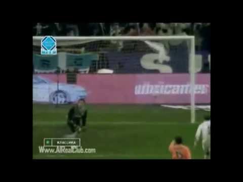 Zinedine Zidane vs Valencia 2003