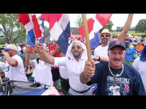 Fans celebrate Hall of Famer Pedro Martinez