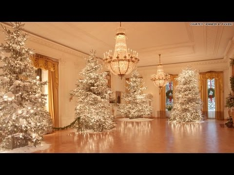 A hidden look at christmas at the white house youtube White house christmas 2017 hgtv
