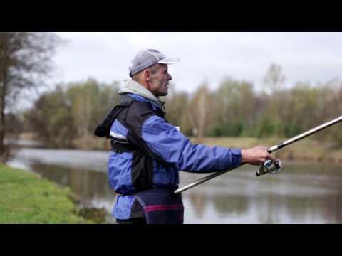 Болонская ловля на весенней реке/Bolognese Fishing On The Spring River