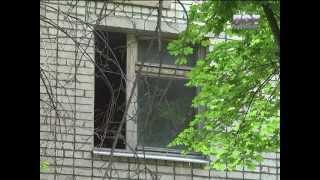 ЛОТ. В центре Луганска снесли детский садик.(, 2013-06-12T07:32:54.000Z)