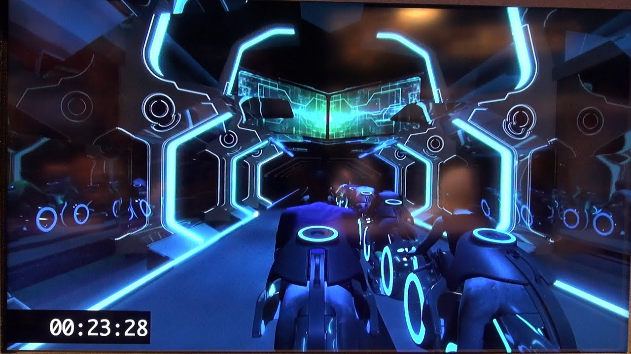 ElecTRONica Derezzed: A TRON tribute as Disneyland permanently ...