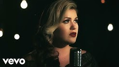 Kelly Clarkson - Wrapped in Red (Official Music Video)
