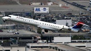 Skywest Canadair CRJ-700 Regional Jet [N609SK] Landing