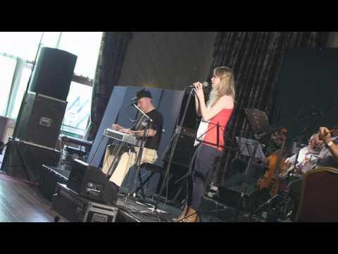 Irish Steel Guitar Festival 2010.. The Cunnighams!!