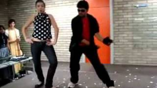 FOREIGN GIRL DANCING FOR INDIAN SONG.mp4