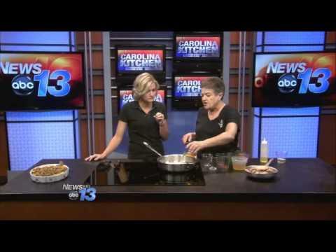 carolina-kitchen:-spiced-chicken-with-apricots-&-raisins