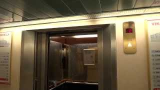 """Dan Elevator"" traction elevator @ Cruiseferry M/S Viking Cinderella."