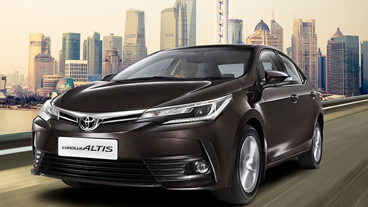 2017 Toyota Corolla Altis Facelift Launched At Rs 15.87