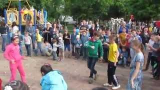 Киев: Детские игры и Детский праздник на Ленинградской площади, 18 мая 2014 г.