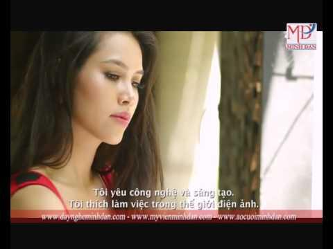 Hoàng My giới thiệu tại cuộc thi Hoa hậu Thế giới 2012