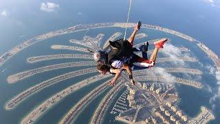 Skydive with my Cousine Michaela - 4000m/13.000 feet, Palm Jumeirah Dubai UAE **Skydive Dubai**