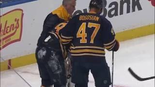 Российский защитник сломал руку канадцу в матче НХЛ