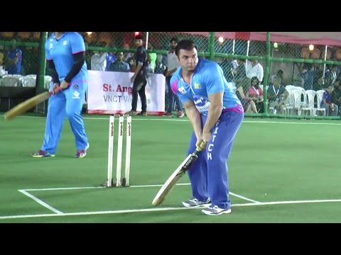 Salman Khan's Brother Sohail Playing Cricket | Tony Premier League 2017