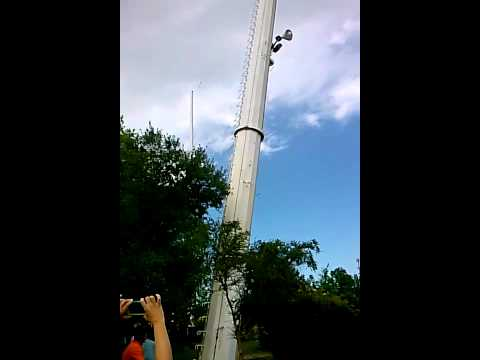 Ross Lynch, Riker Lynch and Rocky Lynch from R5 Skycoaster Ride- Valdosta ...