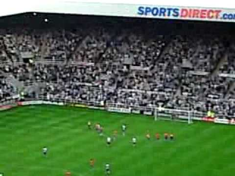 Newcastle   3 - 0   Reading  - Shola Ameobi's 3rd goal of the match