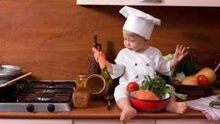 Готовим натуральное фруктовое пюре для малыша.Как хранить прикорм для ребенка неделю.