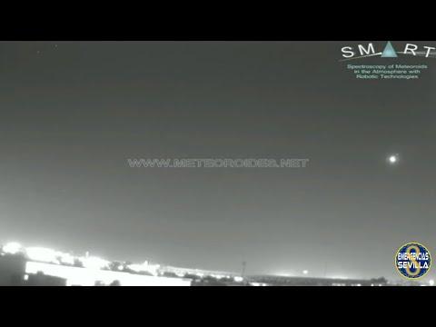 Una gran bola de fuego cruza el cielo de Andalucía
