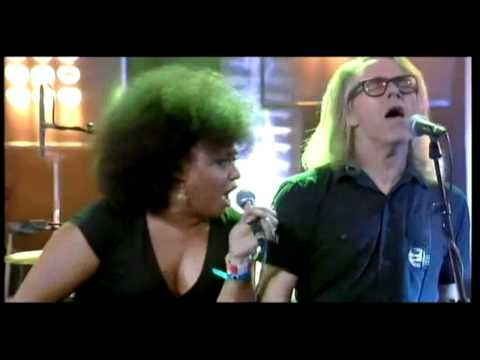 The Bellrays - Everybody Get Up