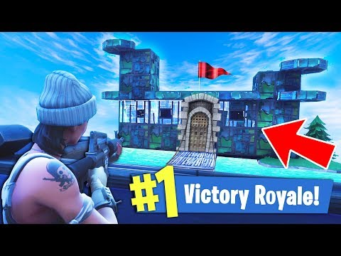 BUILDING A CASTLE IN FORTNITE!! (UNBREAKABLE)