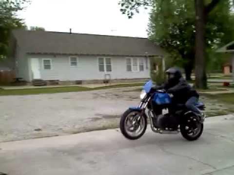 buell blast wheelie - youtube