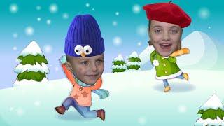 Даша и Матвей и их зимние развлечения на горке с папой. Игра со снегом.