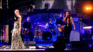 Alicia Keys   No One live swarovski fashion rocks 20 10 07