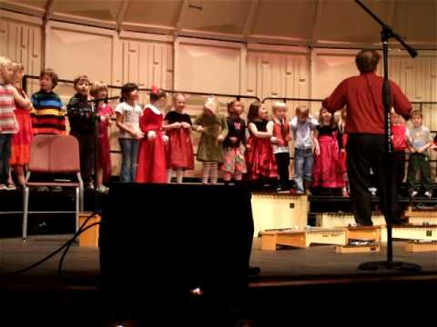 Shae's kindergarten class singing Christmas songs