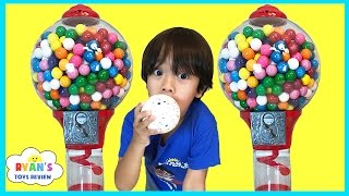 GIANT DUBBLE BUBBLE GUMBALL MACHINE Bubble Gum Challenge Giant JawBreaker Gross Sour Cry baby candy Video