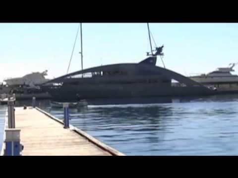 """Nautica: il mega yacht """"Ocean Pearl"""" incanta l'Arenella di Palermo"""