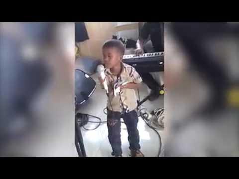 Suara tinggi anak kecil nanyi lagu batak (lupahon ma au ito)