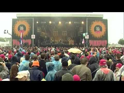 Stone Sour - Made Of Scars(Live At Pinkpop 2007)3 of 10