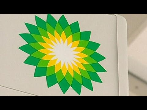 BP to cut workforce and spending as oil price slides