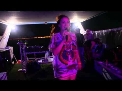 Таис - Мало Мало (официальное видео)