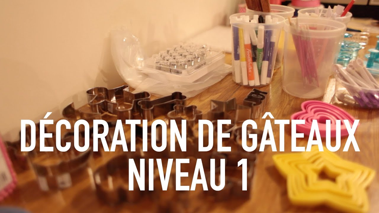Cours de cuisine d coration de g teaux la guilde for Decoration de cuisine youtube