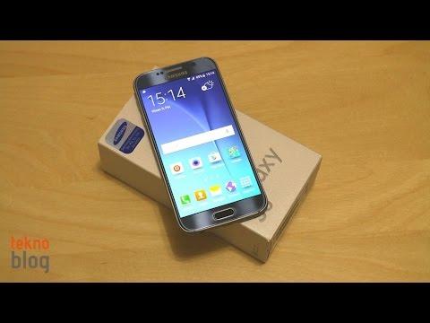 Samsung Galaxy S6 kutusundan çıkıyor