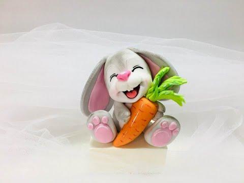 Зайчик из мастики с морковкой