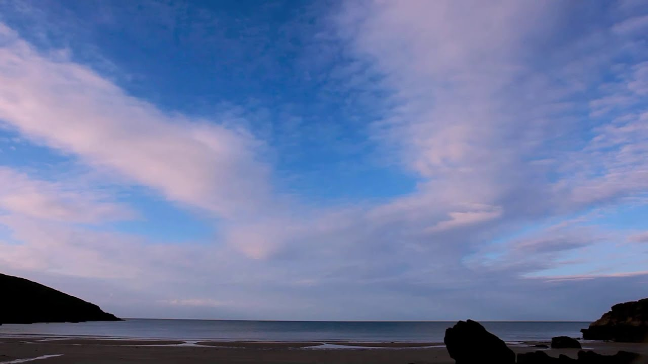 RELAXATION MEDITATION-Calm Water-Ocean Waves Lapping Sounds-Tranquil Sky-Soothing Sea