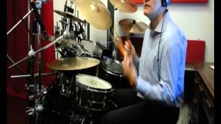 """CESARE CREMONINI """"Lost in the weekend"""" drum cover"""