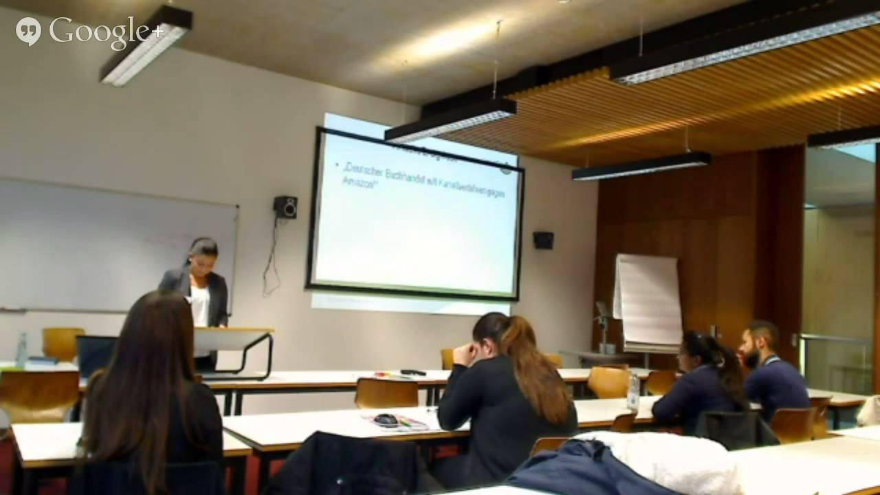 thesis seminar presentation Students will be graded according to the two presentations and will pass if both presentations are positively graded in the first presentation (of about 15 minutes in length), the student shall explain the question, method, content, and the structure of the thesis.