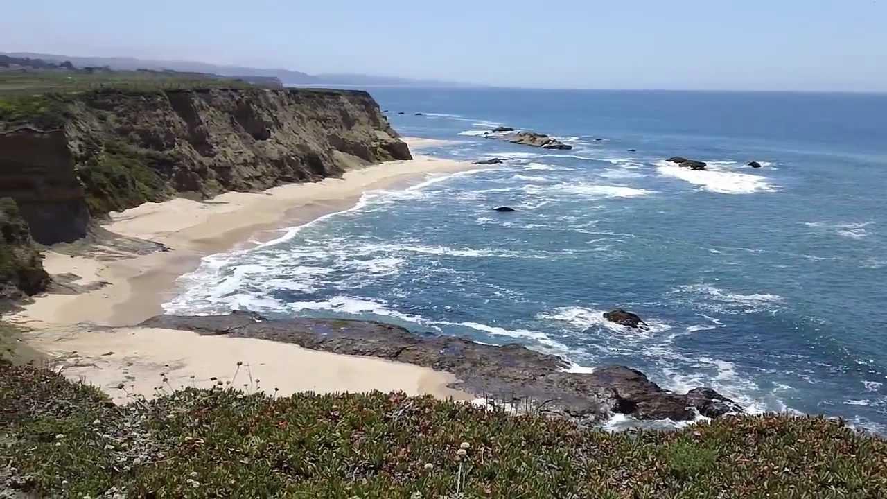Half Moon Bay Beach In California Cowell Ranch