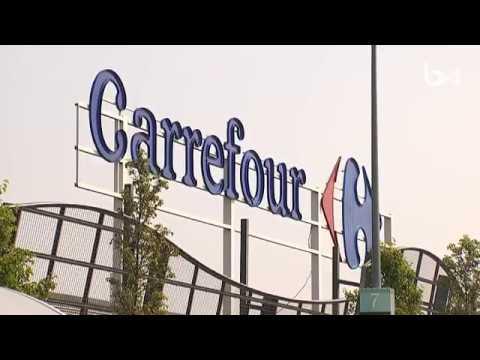 Carrefour: tensions entre syndicats et direction, certains hypermarchés resteront fermés