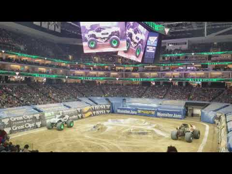 2018..! MONSTER JAM.. GOLDEN 1 CENTER.. SACRAMENTO..