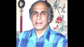 MUJHE RAAT DIN YE KHAYAL HAI sung by Dr.V.S.Gopalakrishnan.wmv