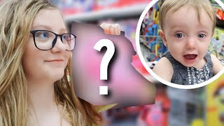 Buying Her 1st Birthday Present!!! | Teen Mom Vlog