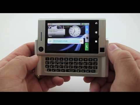 Motorola Devour Review