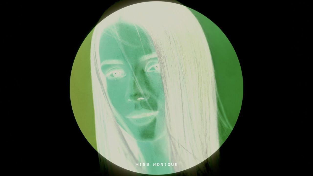 Pavel Khvaleev & Miss Monique feat Avis Vox - Silent (Radio Edit) // Progressive House