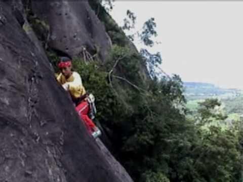 Tedi Ixdiana - Pemanjatan Tebing Parang ( Bandung Rock )
