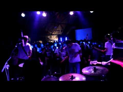 Fine Before You Came - Capire Settembre (live @ La Tenda 14/04/12')