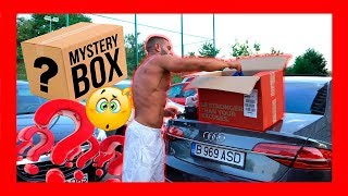 MYSTERY BOX UNBOXING !!